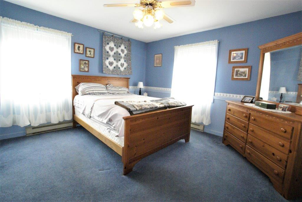 Braymers Mountain Farm Bedroom