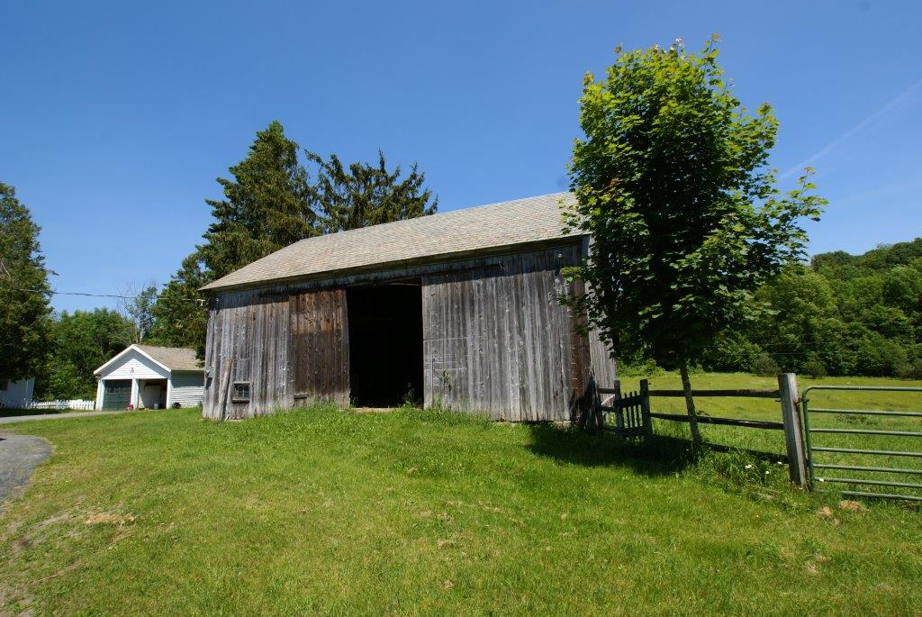 Here's Your Barn From DC Realty