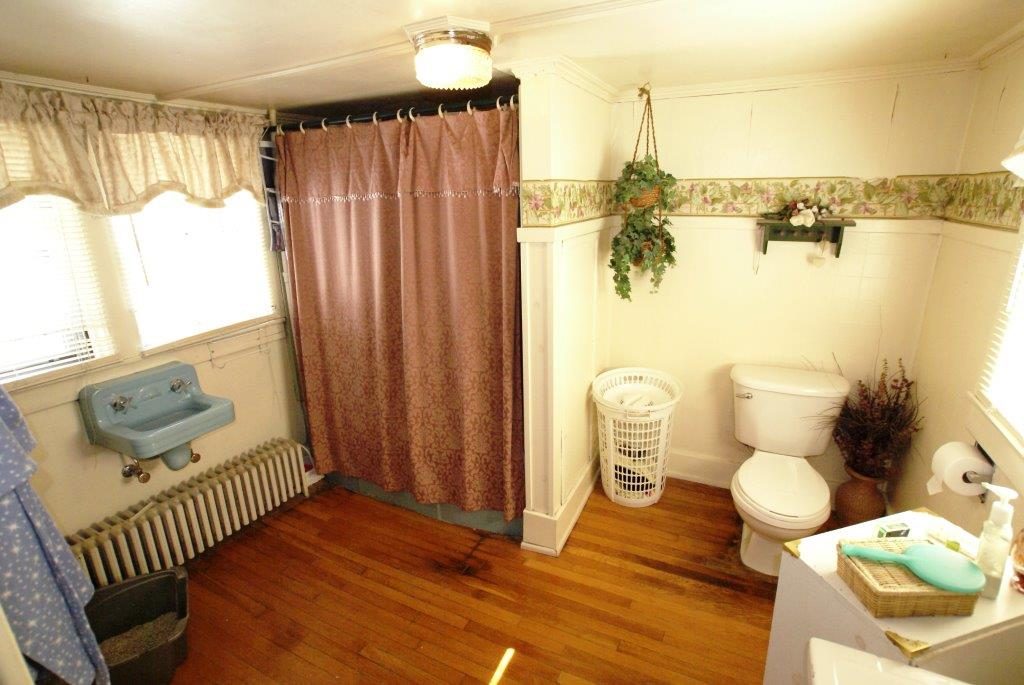 Your Village Victorian Bath from DC Realty