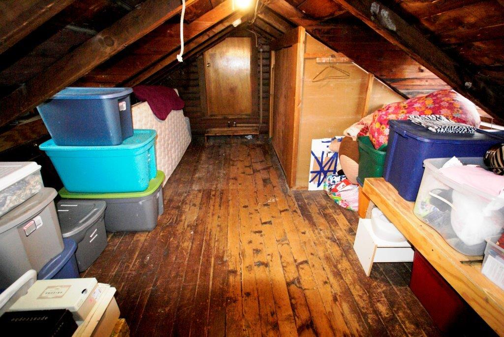 Attic Whitehall DC Realty