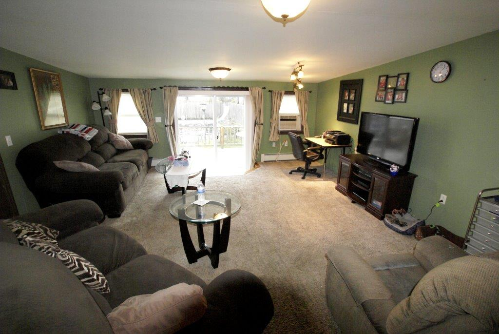 Family Room Whitehall DC Realty