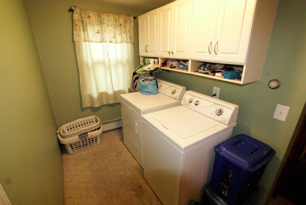Laundry Room Whitehall DC Realty